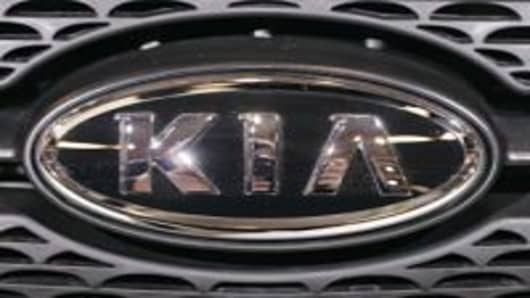 Hyundai, Kia Overstate MPG, Will Compensate Owners