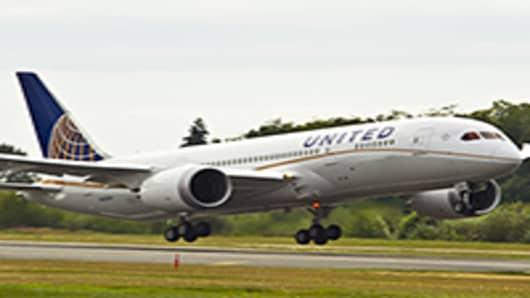 United to Launch First 787 Dreamliner Flights Sunday