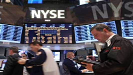 Traders Watch Sandy's Impact and Ding! 'Fiscal Cliff,' Round 1