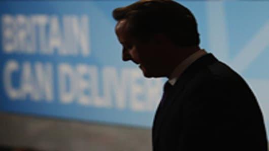 Cameron Seizes on GDP 'Good News'