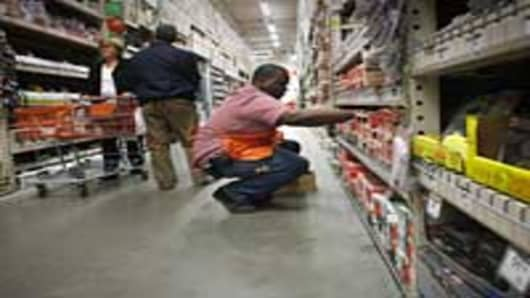 Super Storm Sandy Leaves Mark on Retail Sales