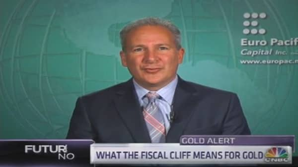 Schiff: Bernanke or Fiscal Cliff Bigger Danger?