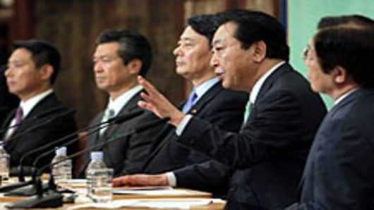 Japanese Politics Looks for 'Third Force'