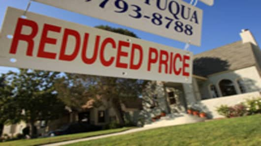 Tight Lending Is Choking Nascent Housing Recovery