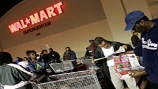 Wal-Mart Shrugs Off Threats of Black Friday Labor Unrest