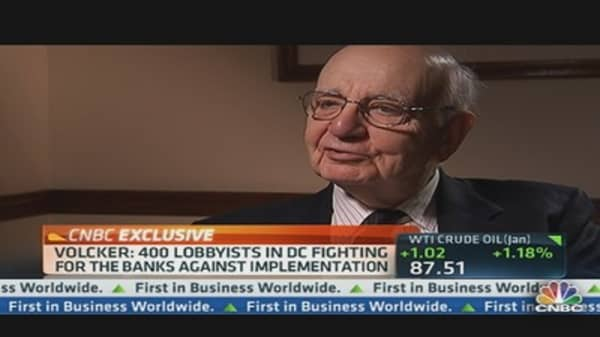 Former Fed Chief Volcker Says Rule Already Effective