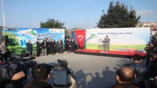 UNIDO-ICHET hydrogen fueling station opening