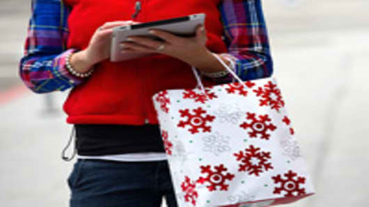 Cyber Monday Winners: Apple, Mobile