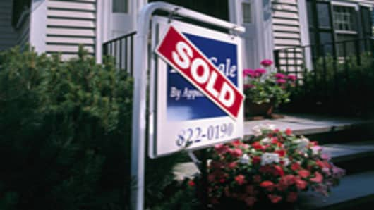 Pending Home Sales Surge to Five Year High