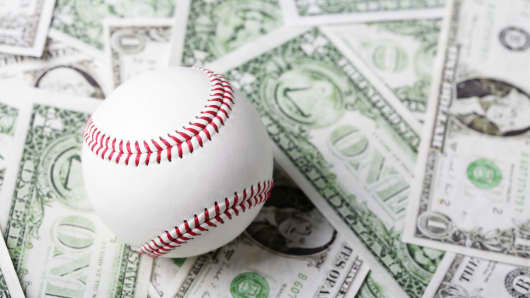 baseball on money gettyp