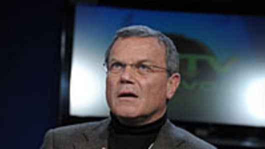 Sorrell Blasts Washington for 'Fiddling While Rome Burns'