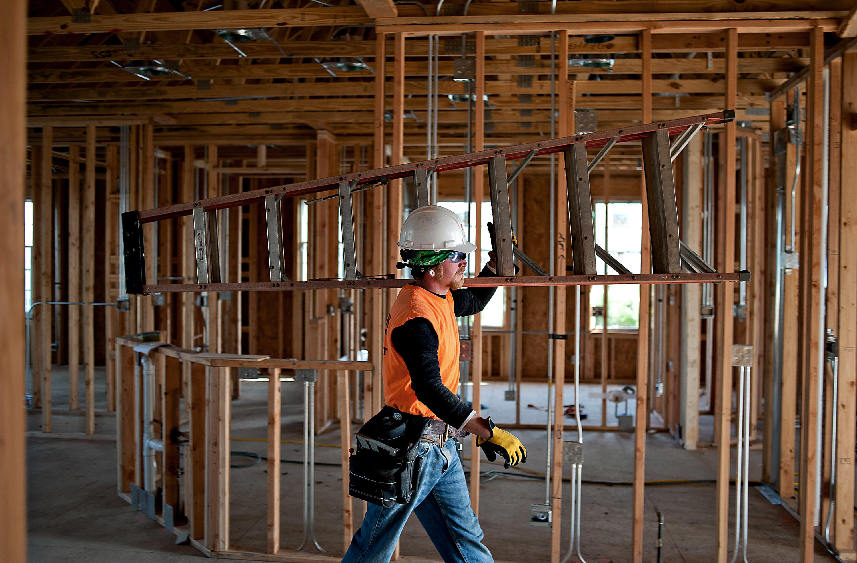 new nightmare for home builders not enough skilled workers
