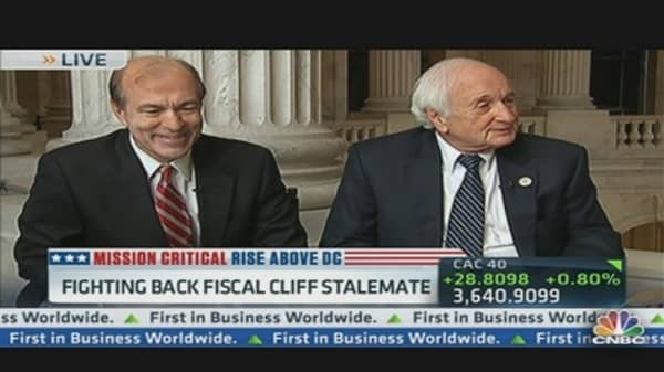 Fighting Back Fiscal Cliff Stalemate