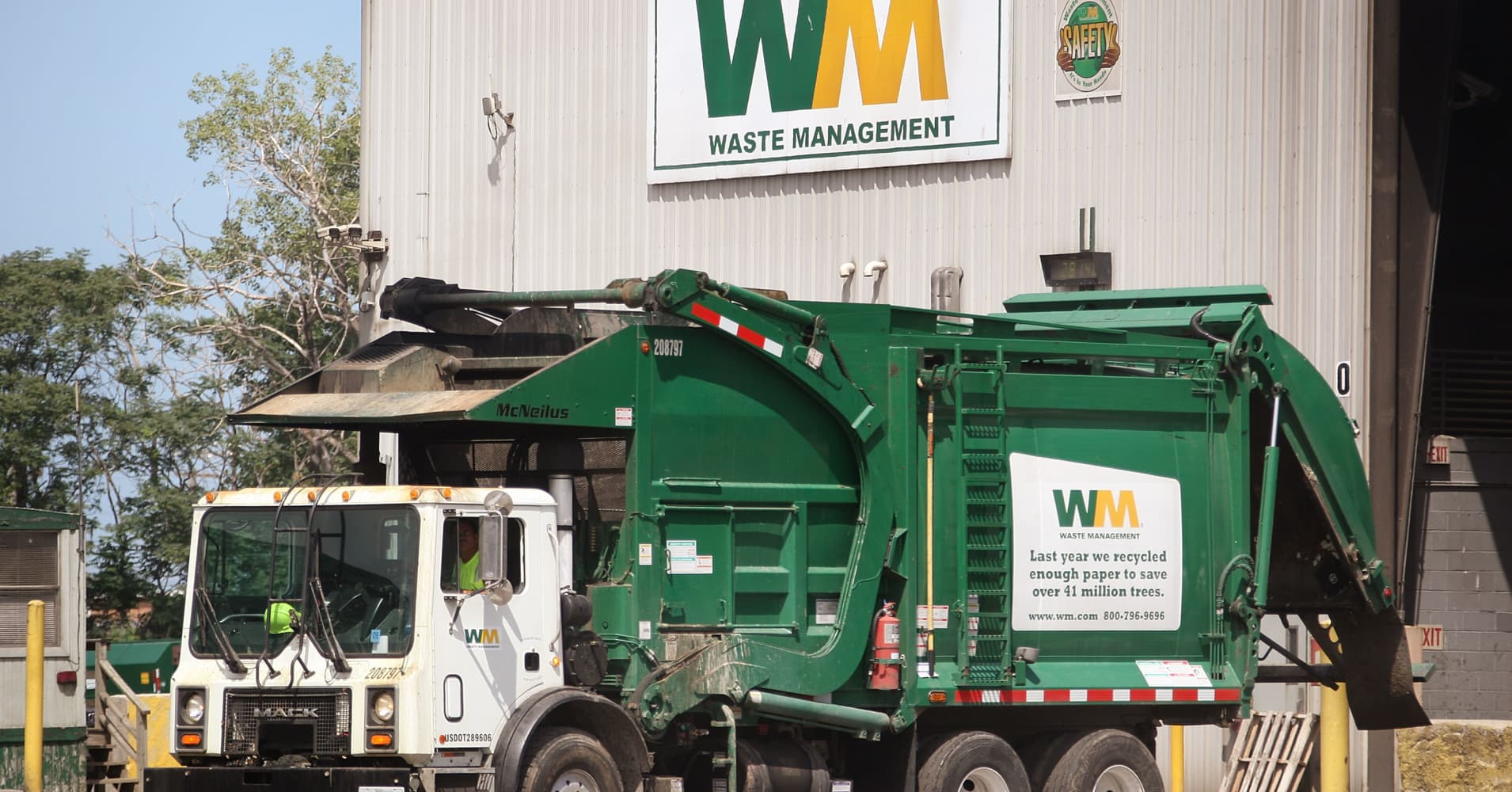 Waste Management CEO: 80% of company's tax cut going back into the economy