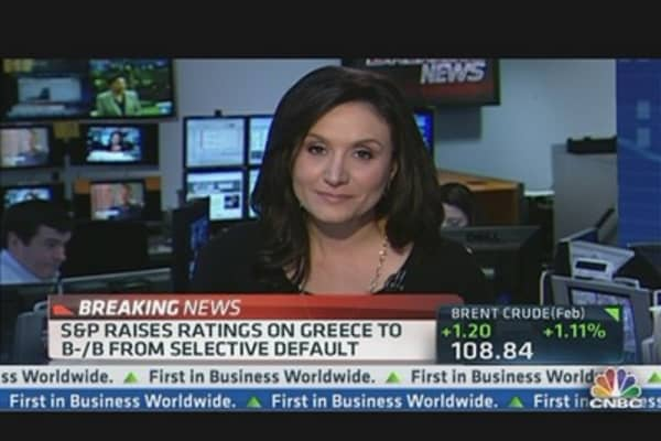 S&P Upgrades Greece