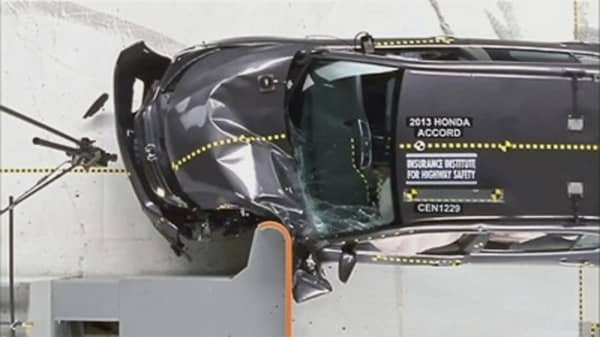Midsize Cars Better in Crash Tests