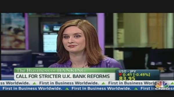 Call For Stricter U.K. Bank Reforms