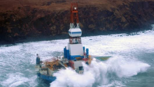 Royal Dutch Shell's Kulluk rig