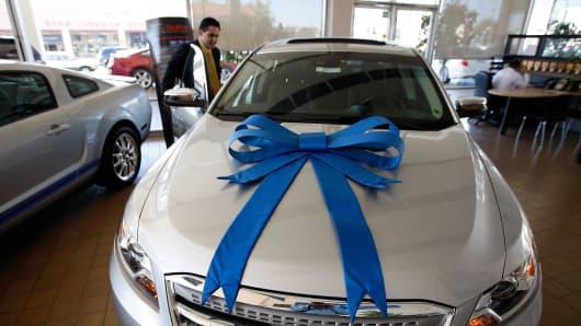 Ford Car Dealership