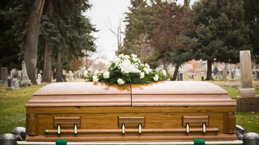 casket coffin burial death graveyard cemetary