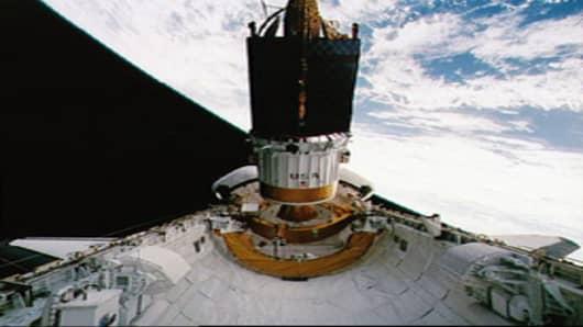 NASA TDRS (a)
