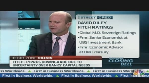 UK Downgrade Risk 'Significant': Fitch