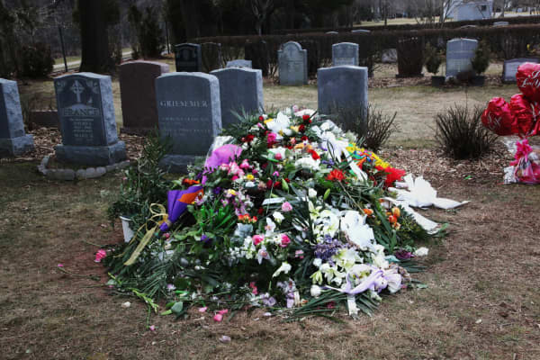 Celebrity graves in England - Dean Goodman
