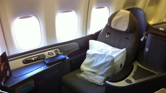 United Airlines International First Class Seat