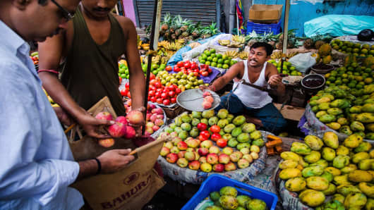Imported Fruits Juice Up Indian Markets