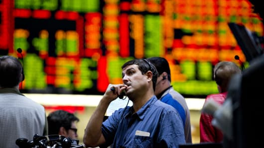 Traders work in the ten-year U.S. Treasury Note options pit at the Chicago Board of Trade in Chicago, Illinois, U.S.