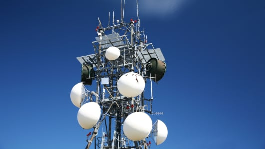 Wireless communications tower