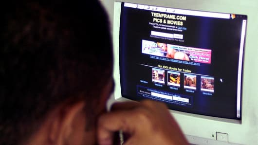 Brunette teen schoolgirl porn movies