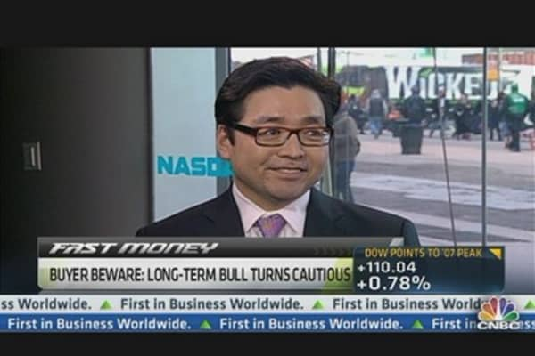 3 Sectors to Buy on Dips: Tom Lee