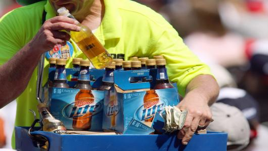 Beer retail baseball
