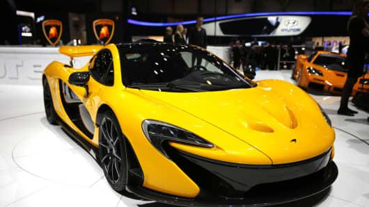 Lamborghini, McLaren Launch New Super Cars