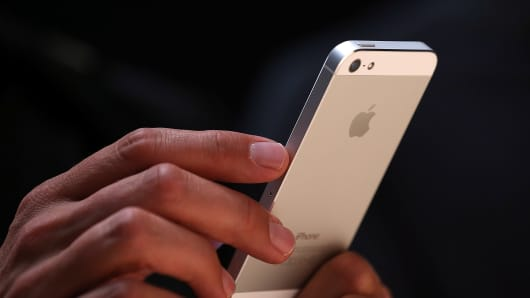 151370335JS053_Apple_Introd