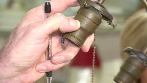 The Lamp Socket Mystery