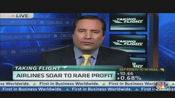 Airlines Soar to Rare Profits