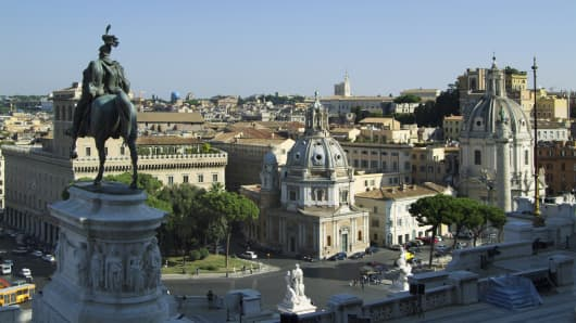 Italy, Rome, city skyline from Vittorio Emanuele Monument