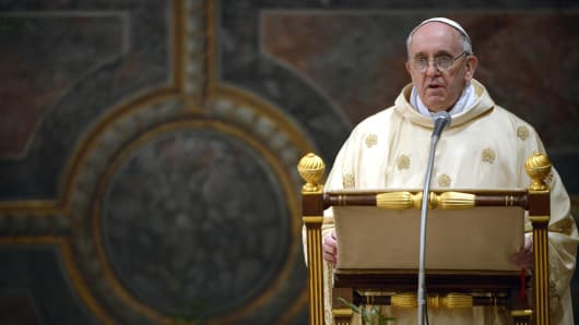 163804946FO009_POPE_FRANCIS