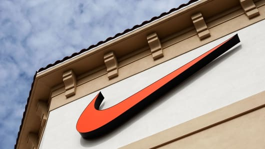 Nike to slash 1400 jobs, cut sneaker styles