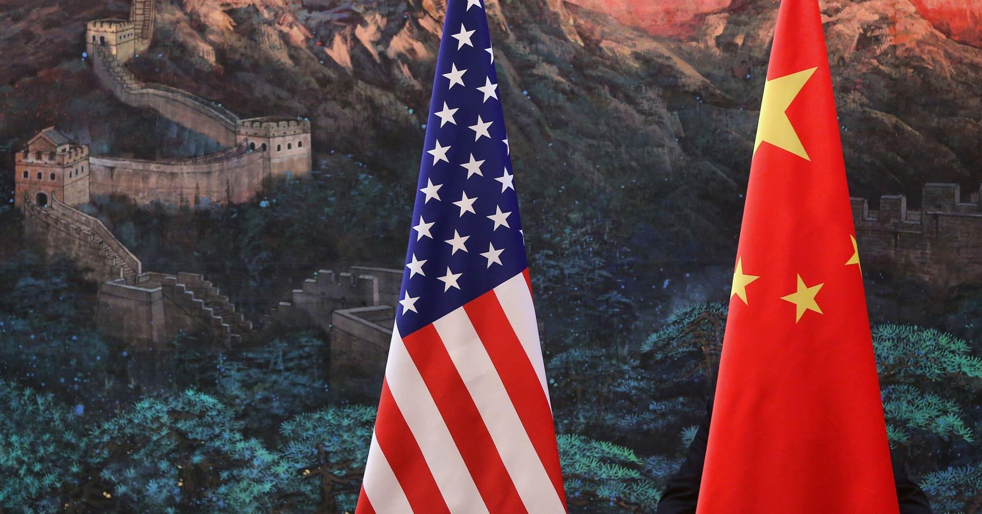 China trade delegation arrives in Washington for talks