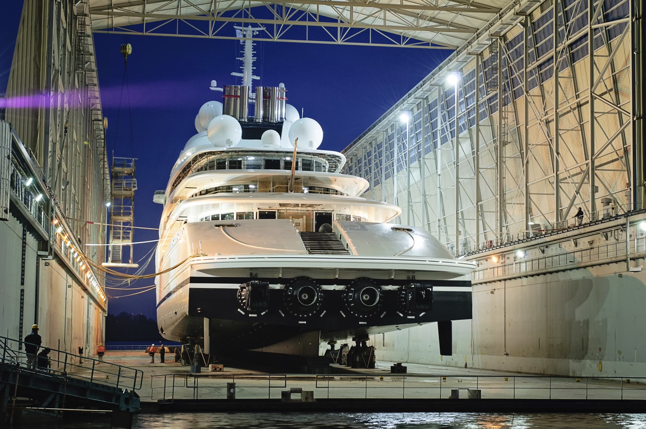 Worlds Biggest Yacht Launches At 590 Feet