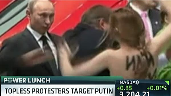 Topless Protesters Target Putin, Who 'Liked It'