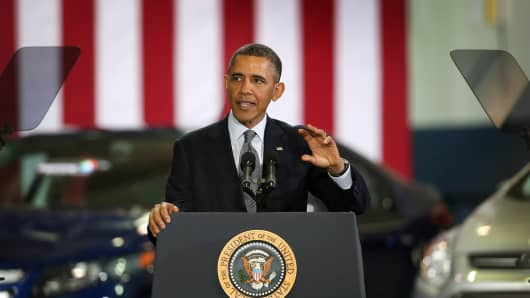 President Barack Obama speaks to guests during a visit to Argonne National Laboratory on March 15, 2013 in Argonne, Illinois.