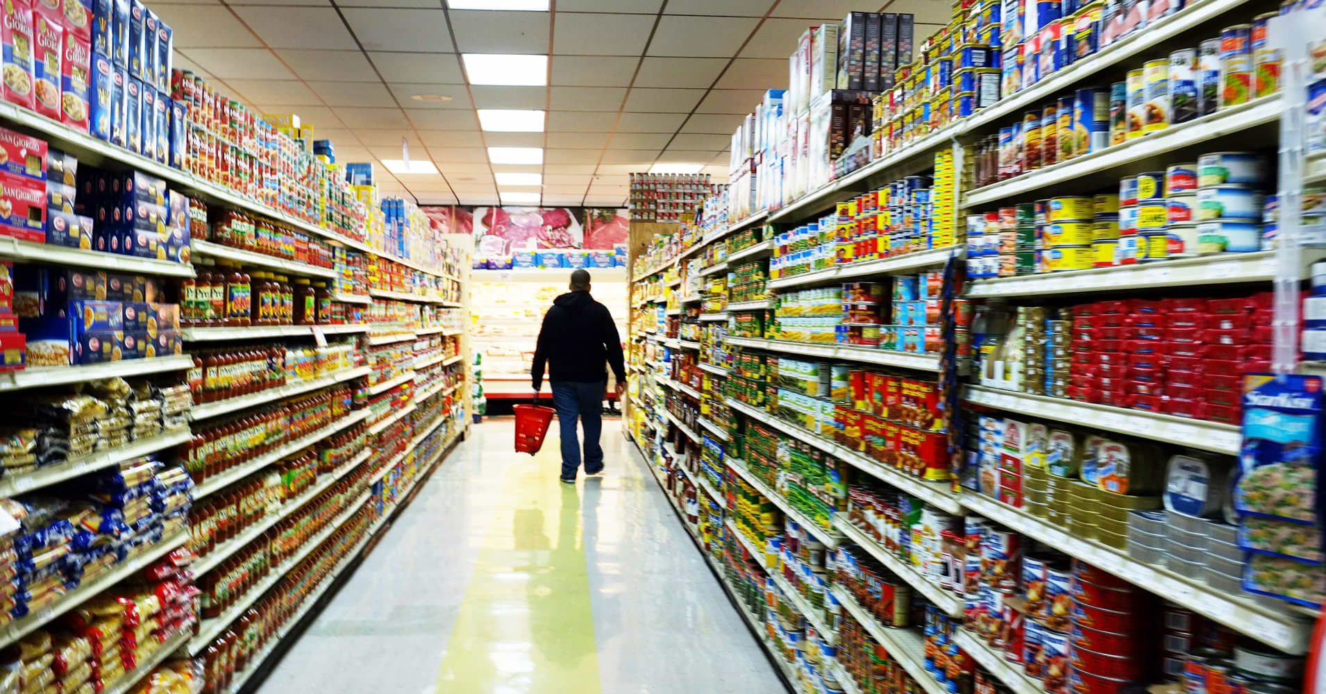 What S Behind The Rush Into The Low Margin Grocery Business