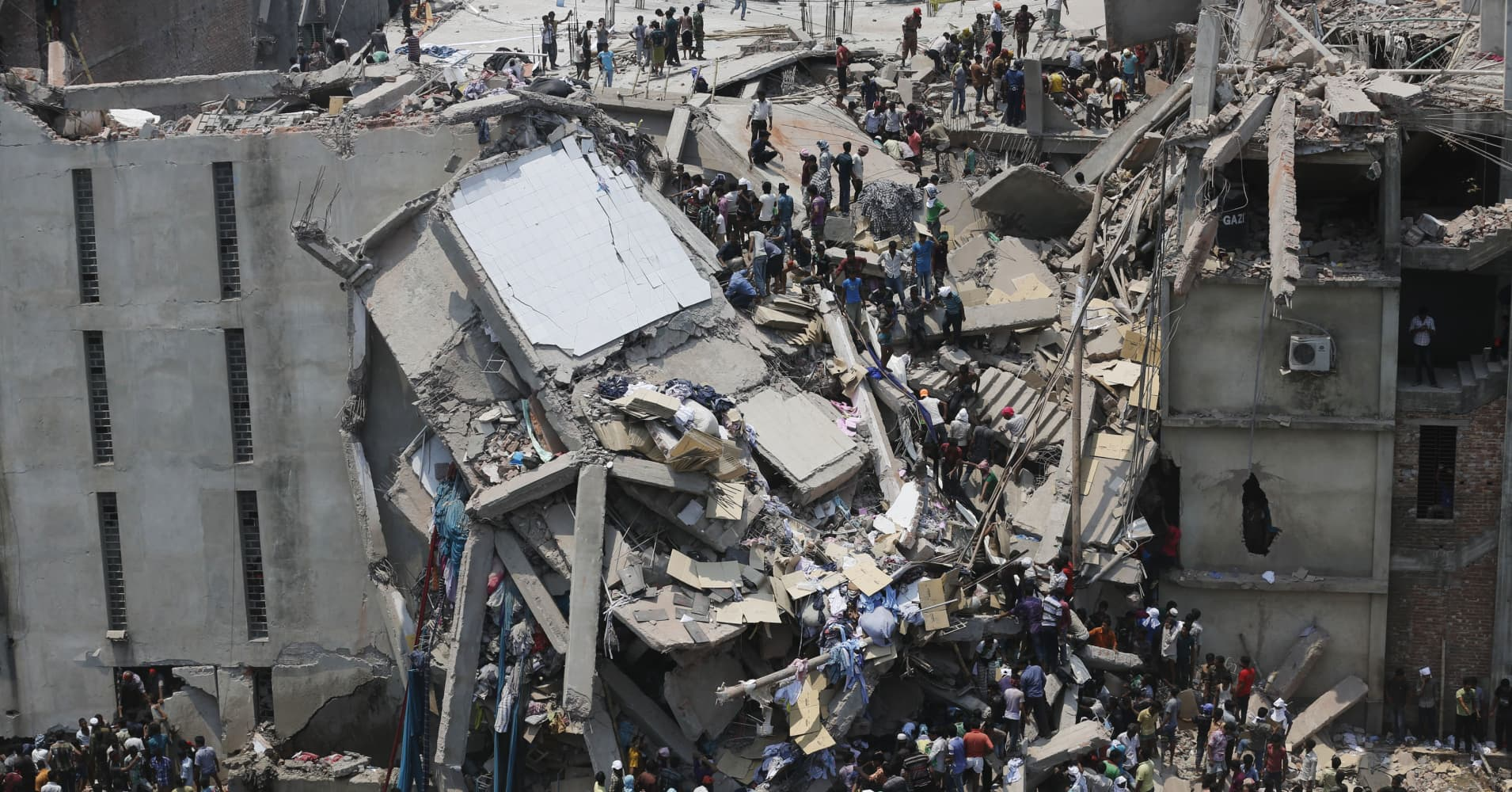 Bangladesh Factory Building Collapse Kills Over 100