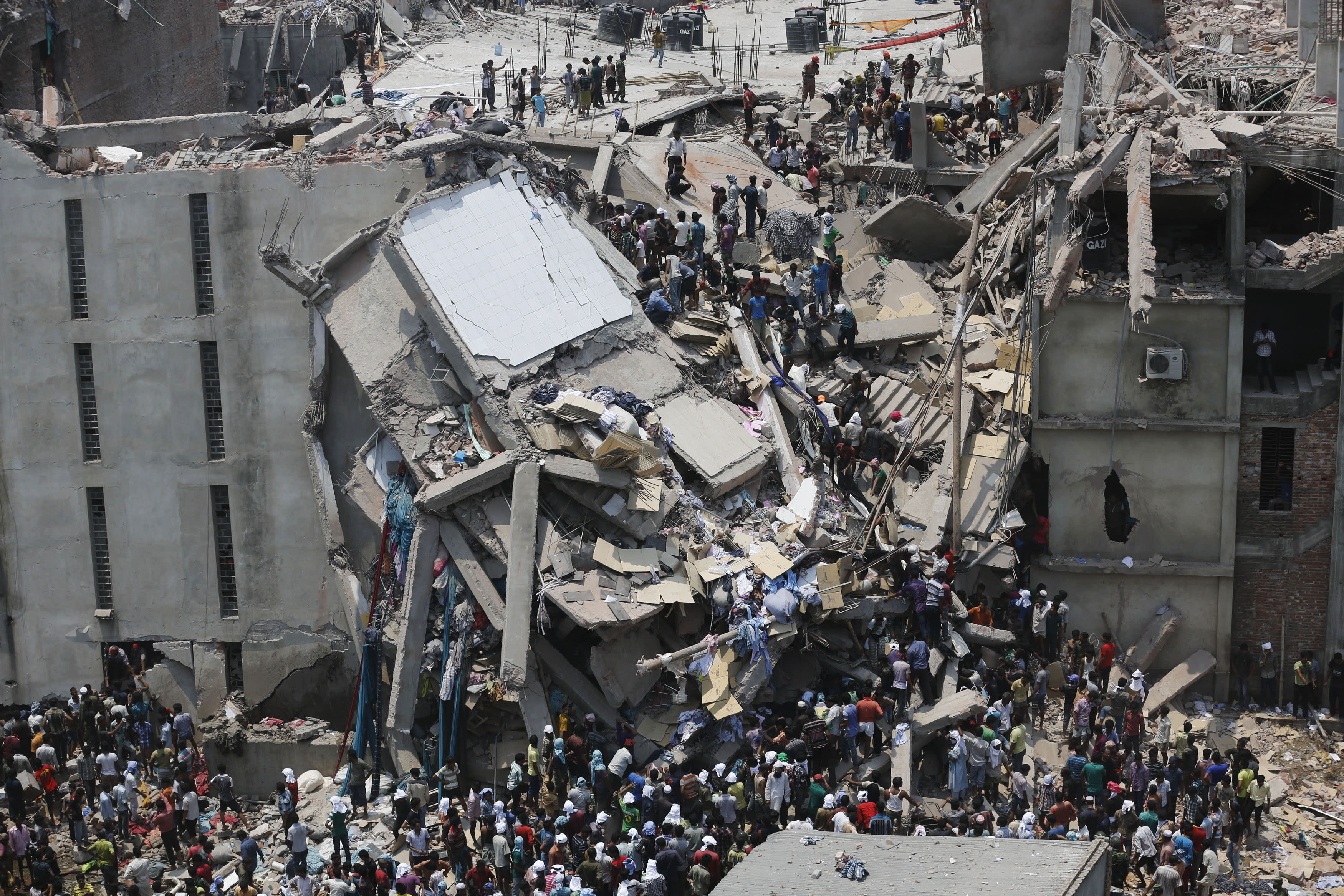 Death Toll in Bangladesh Building Collapse Climbs to 160
