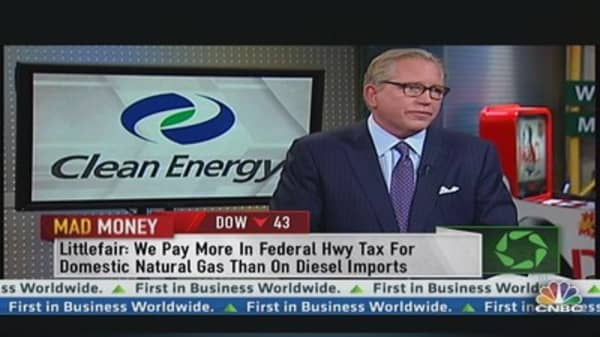 Clean Energy CEO: 35% of Buses Bought Are Nat Gas