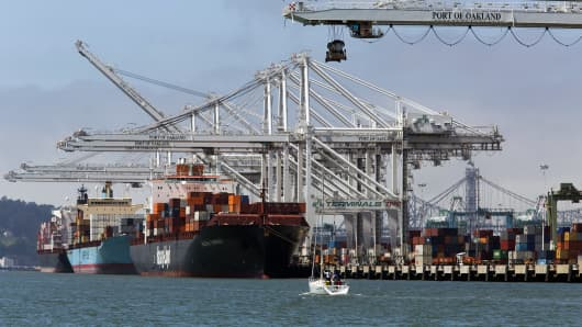 shipping industry analysis a p mollar maersk In june, the notpetya ransomware hit companies in the us and throughout europe one of those hardest hit was copenhagen-based shipping giant ap moller-maersk, which moves about one-fifth of.